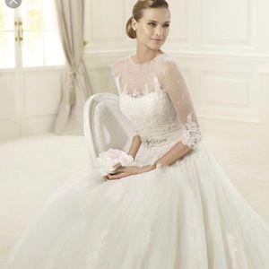 Pronovias Dauco Wedding Dress